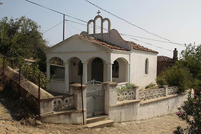Իմբրոսի պահպանված հունական եկեղեցիներից մեկը